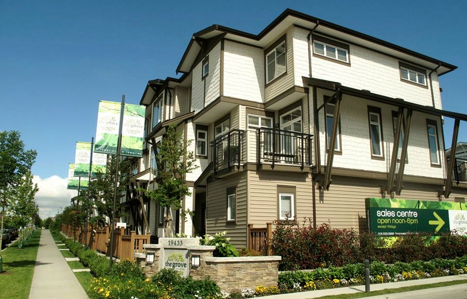 The Grove townhomes surrey