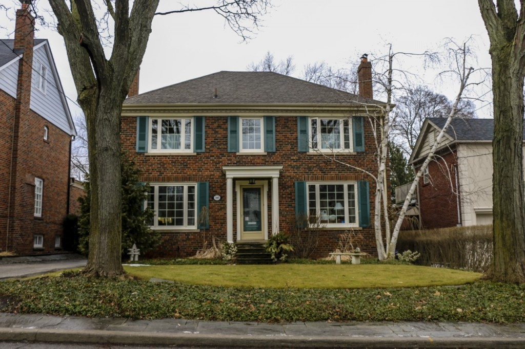 Average Price Of Detached House In Toronto Climbs Past