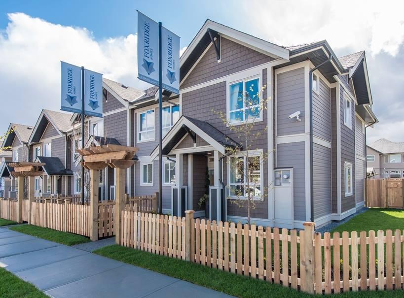 Cliffstone row homes Maple Ridge-1