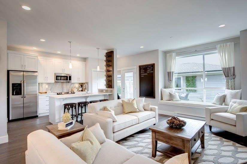 Cliffstone row homes Maple Ridge living room