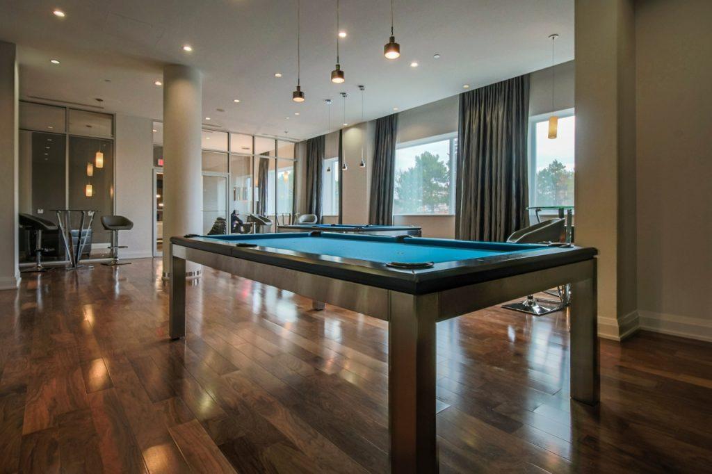 DreamTower_BilliardsRoom
