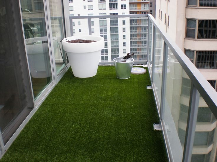 insanely clever ways to hide eyesores in your home astroturf balcony