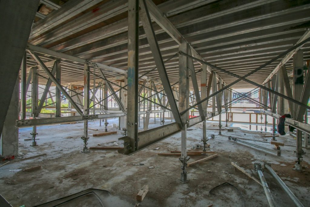 TheCollege_ConstructionTourJune2015(6)