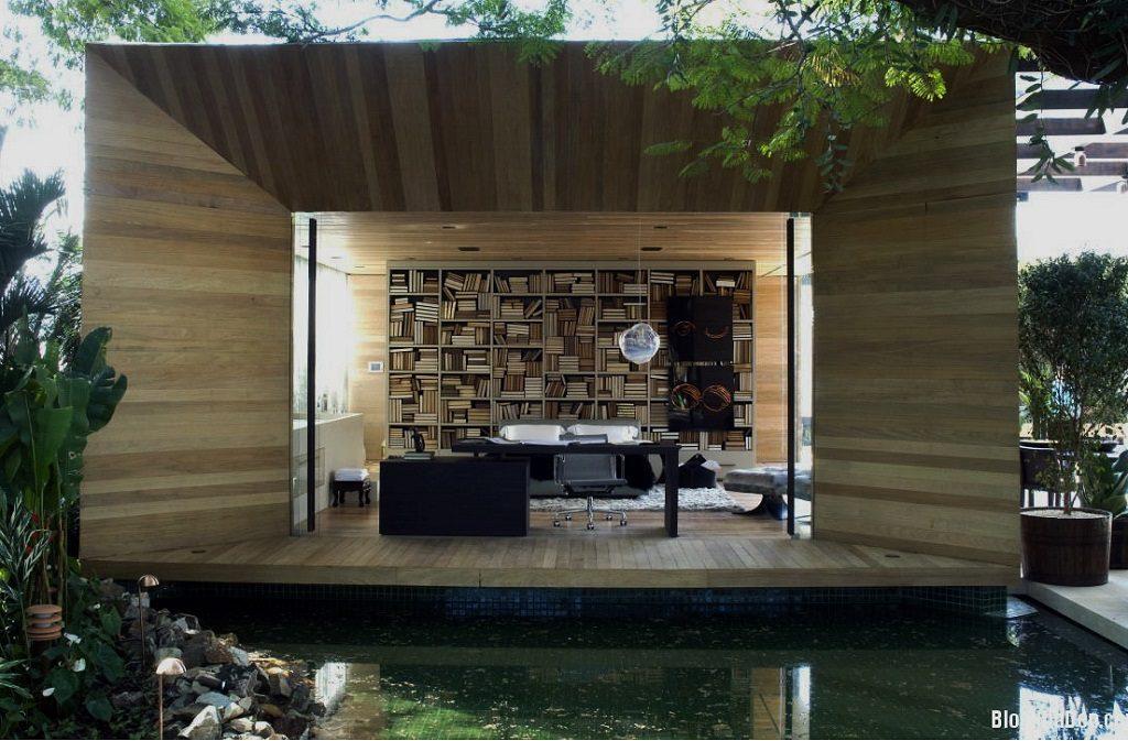 outdoor office nook