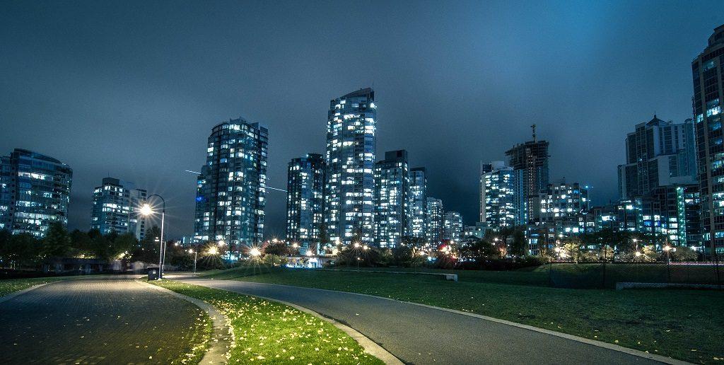 canada housing market risk