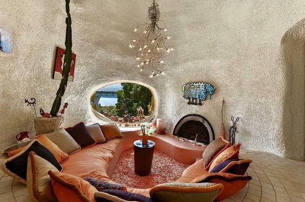 Flintstones House 2-compressed