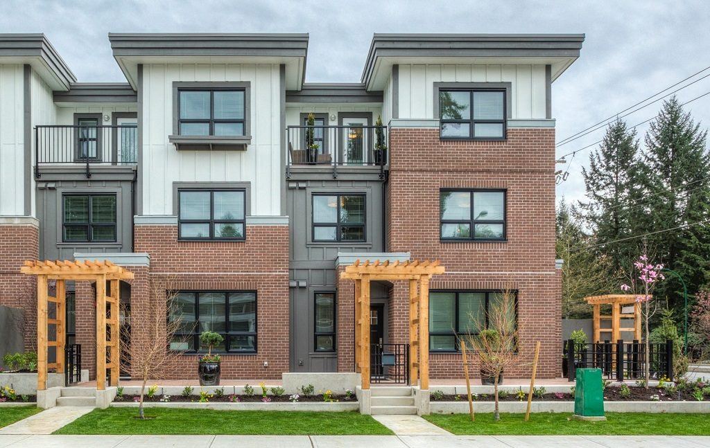 Parkgate townhomes North Vancouver