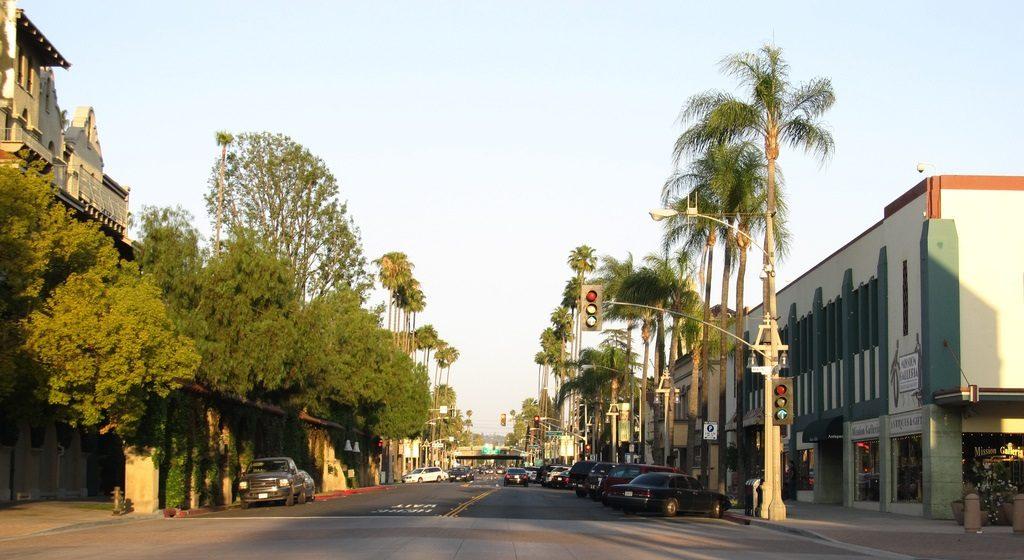 Riverside California population