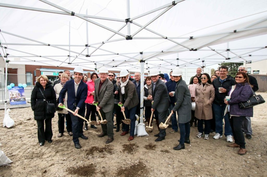 Kingston&Co_Groundbreaking1