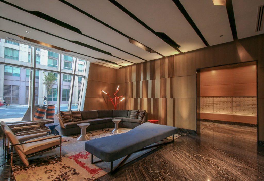 Studio_Lobby1