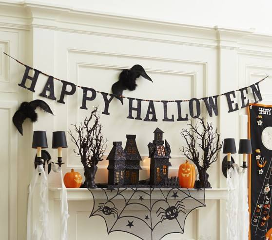 glitter-happy-halloween-garland-c-compressed