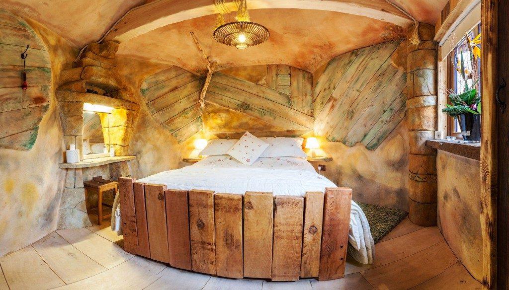 luxury tree house bedroom