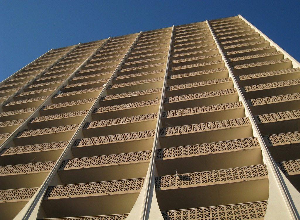 100-spadina-apartment