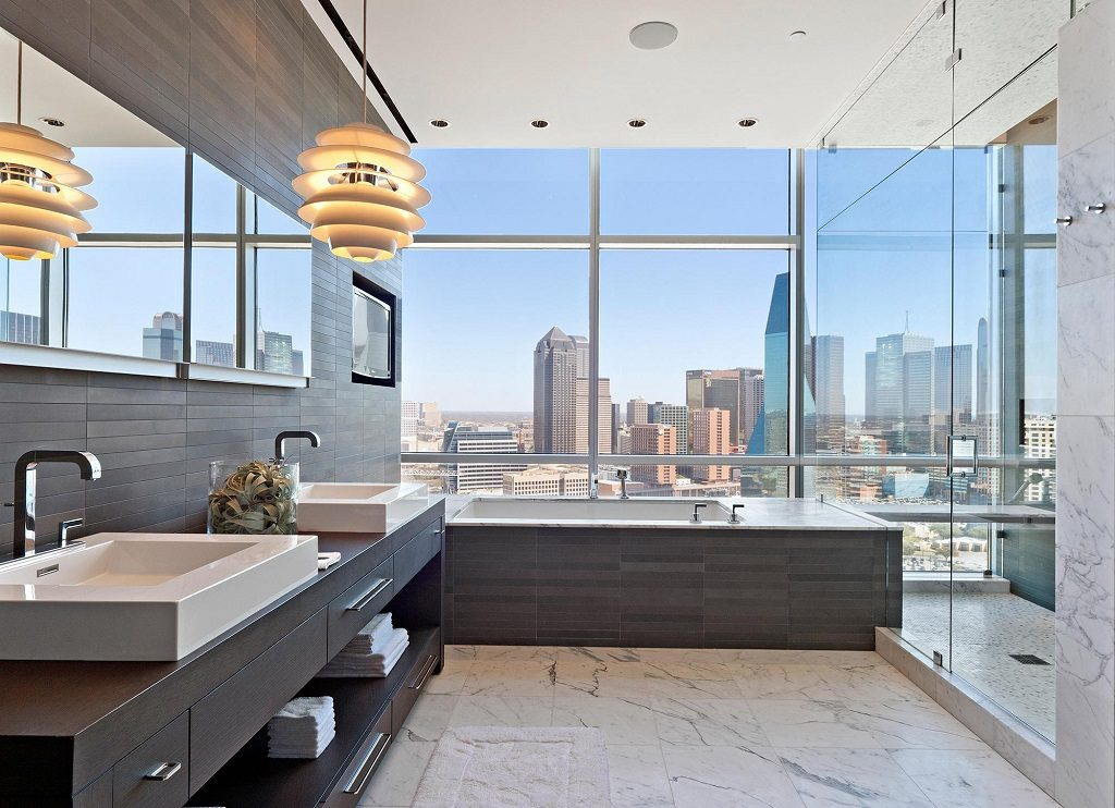 dallas penthouse bathroom