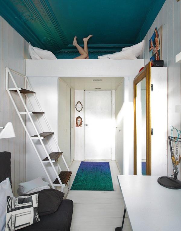 loft tiny bedroom