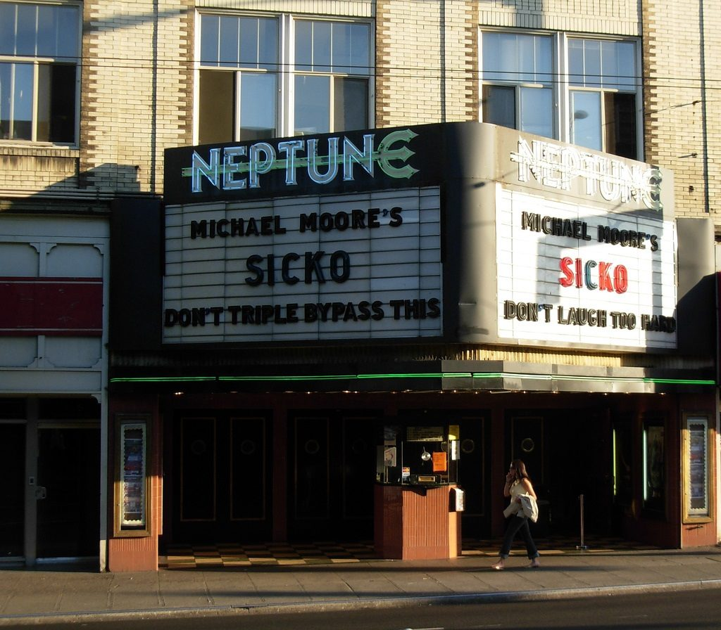 seattle movie theaters 10