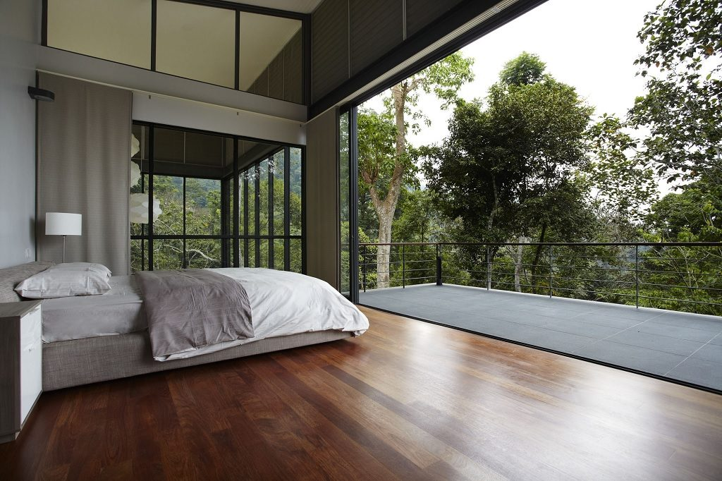bedroom retractable windows