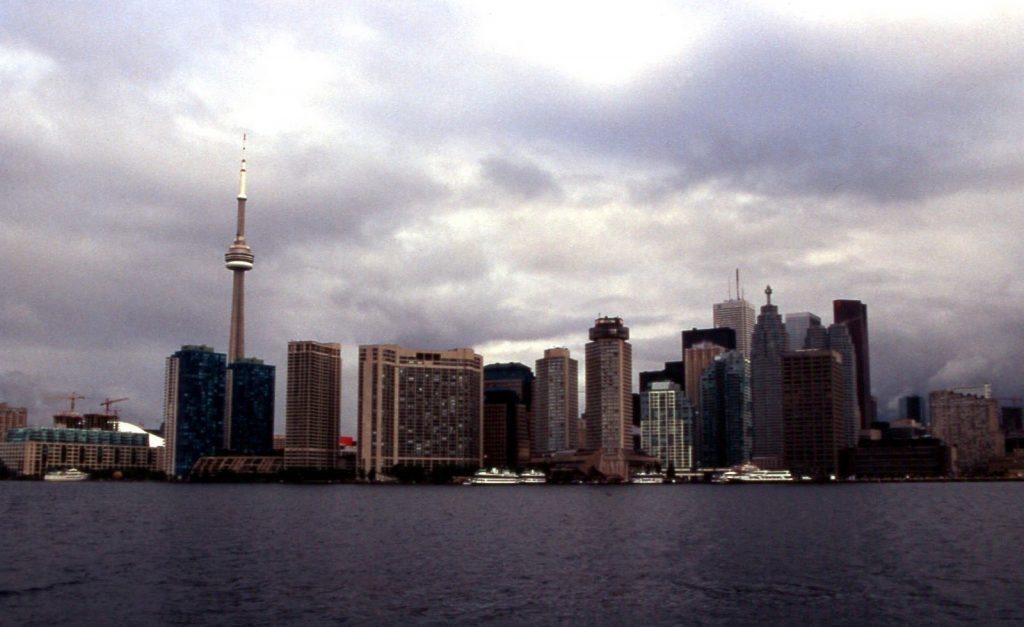 toronto-skyline-2002