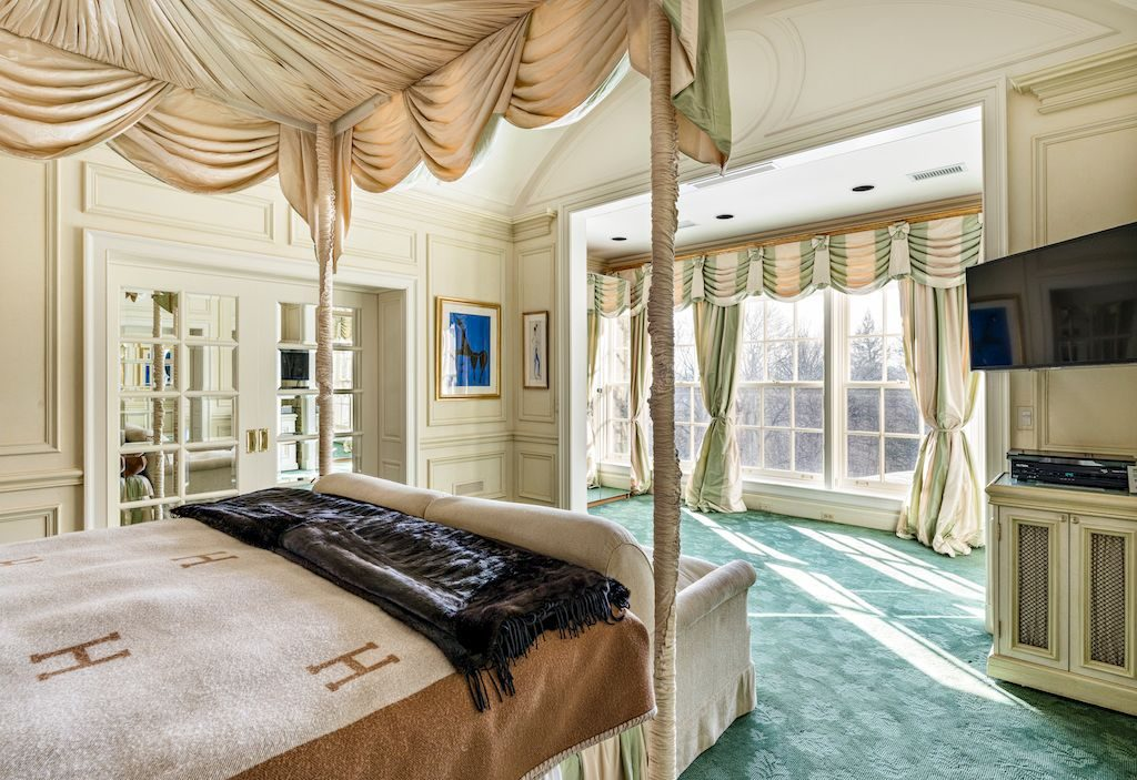 bedroom-compressed (1)