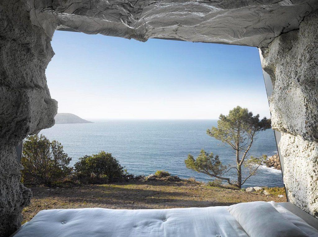 cave bedroom minimalist