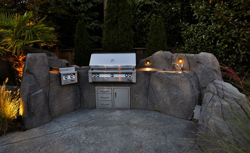 outdoor kitchen lighting 2