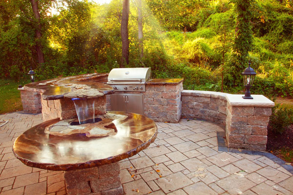 outdoor kitchen waterfall 1