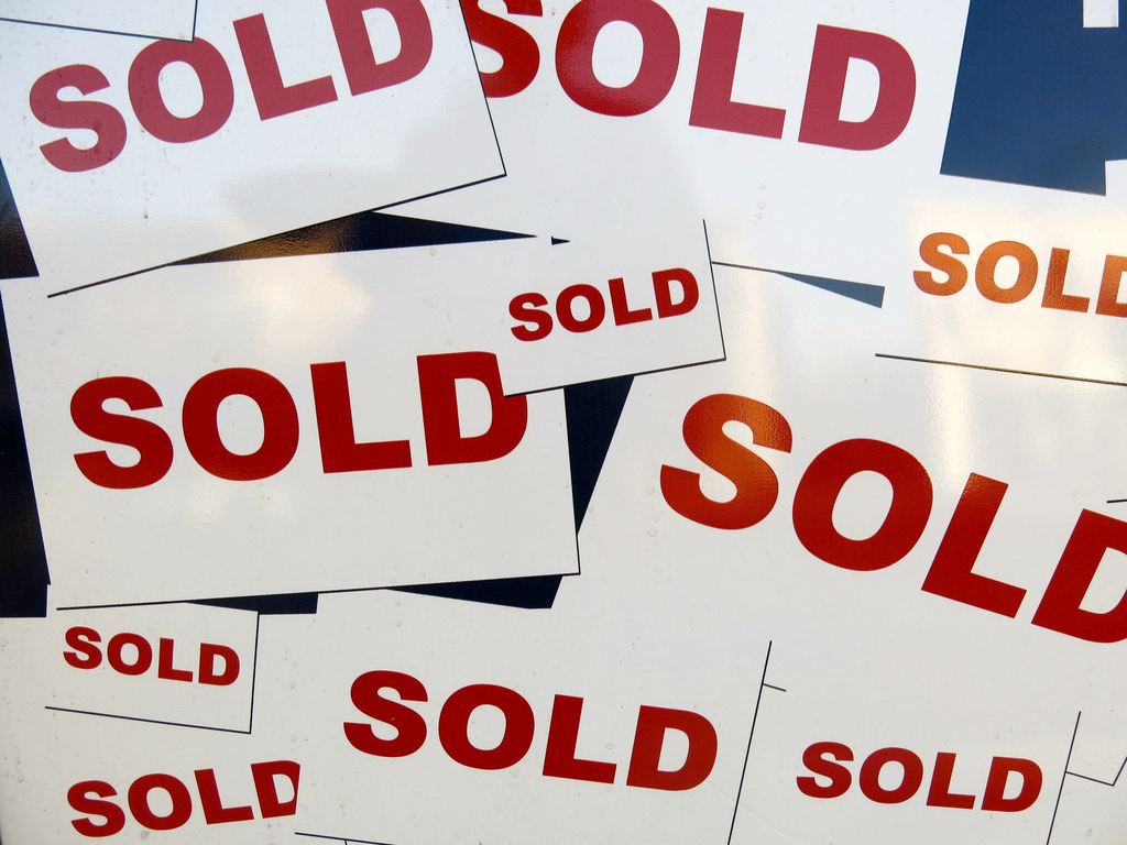 first-time-home-buyers-rushing-sold