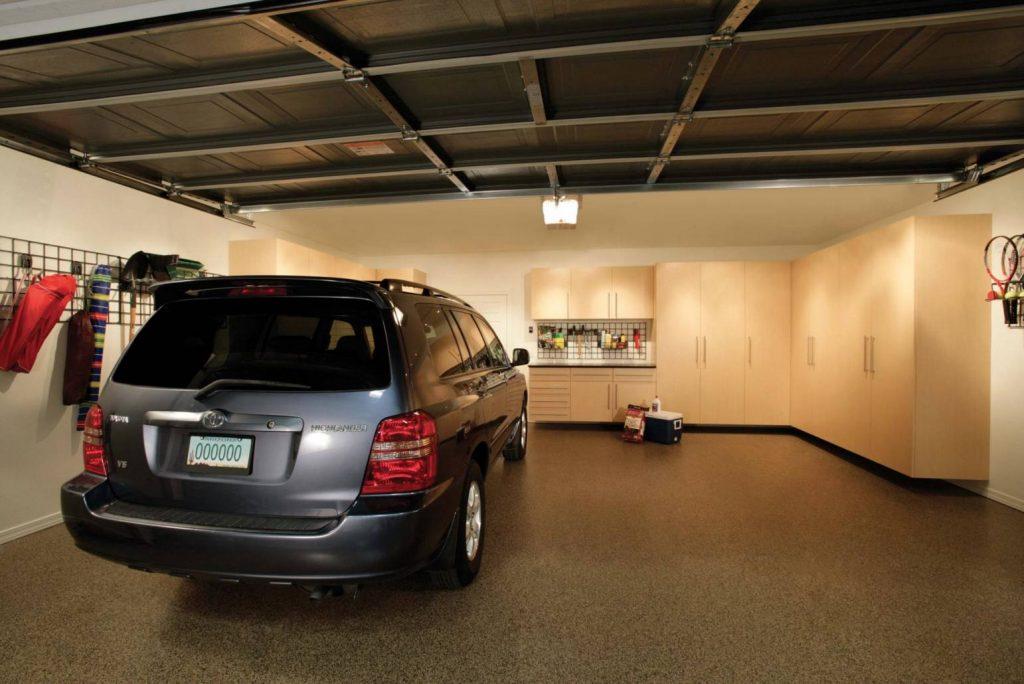 organize-garage-epoxy-flooring