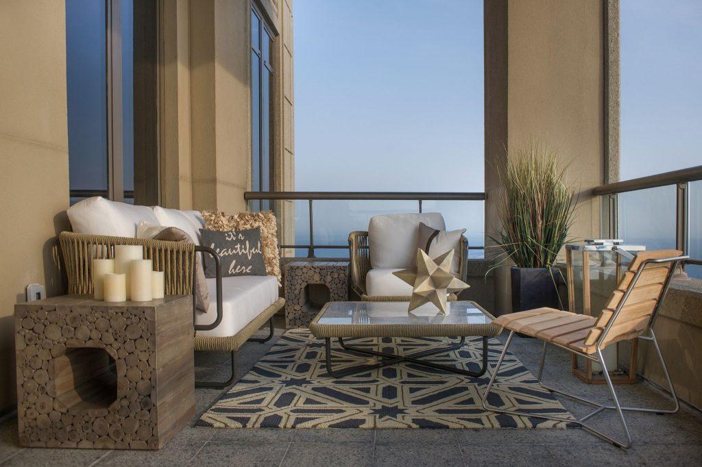 balcony decor-compressed