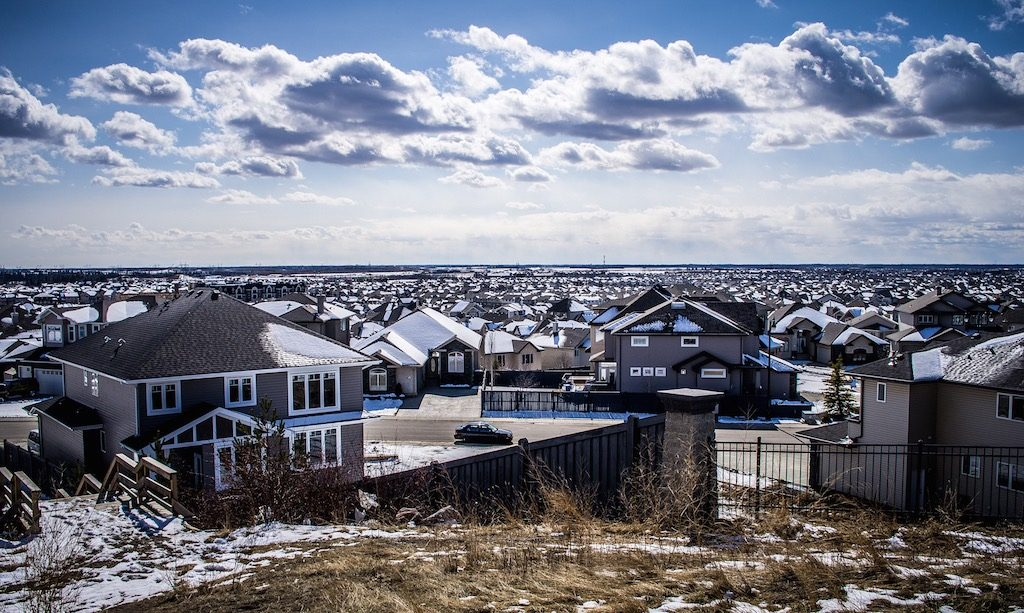 edmonton-suburb-average-canadian-home