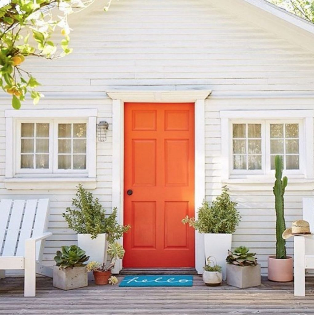 17 Photos That Will Inspire You To Repaint Your Front Door Immediately