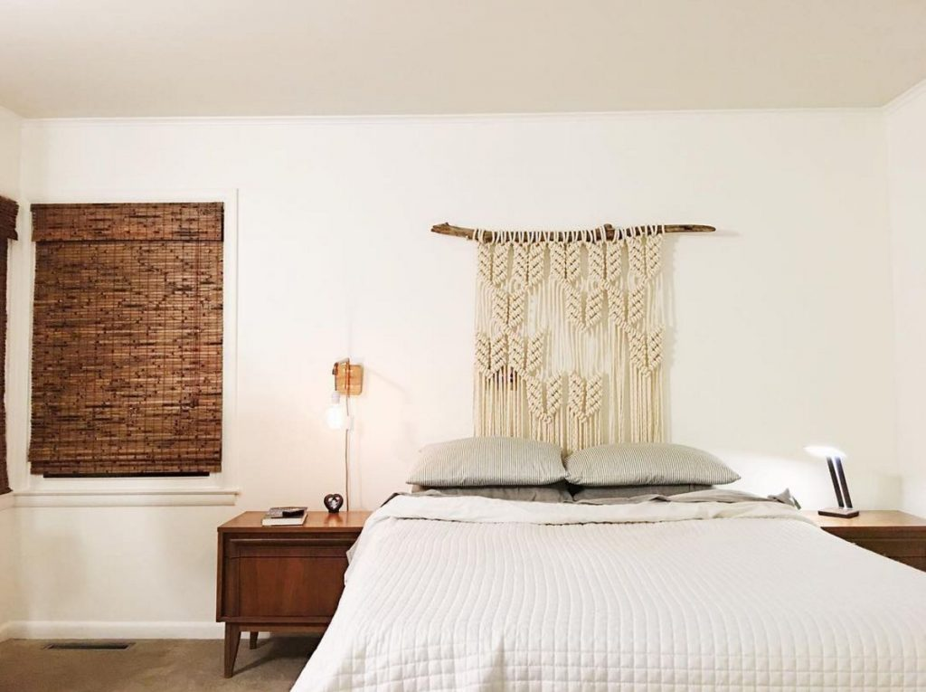 Picture of: 25 Stylish Headboard Alternatives That Will Transform Your Bedroom