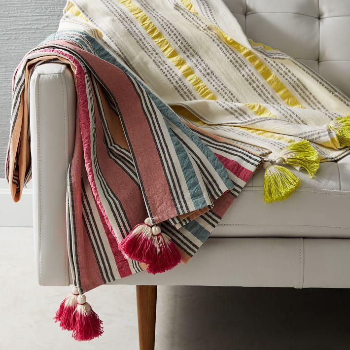 seersucker-stripe-picnic-throw-min