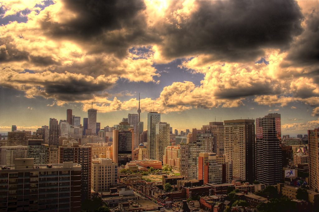 toronto-home-sales-skyline
