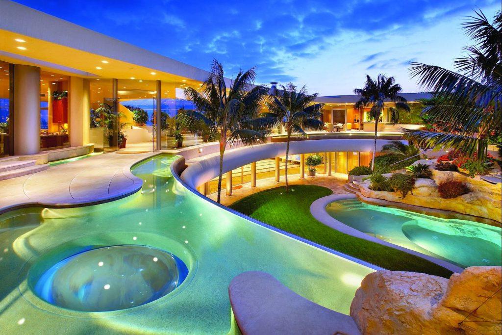 courtyard mega mansion-compressed