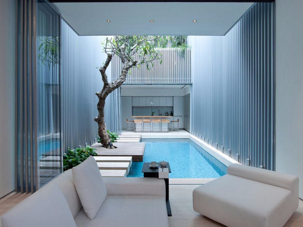 courtyard pool-compressed