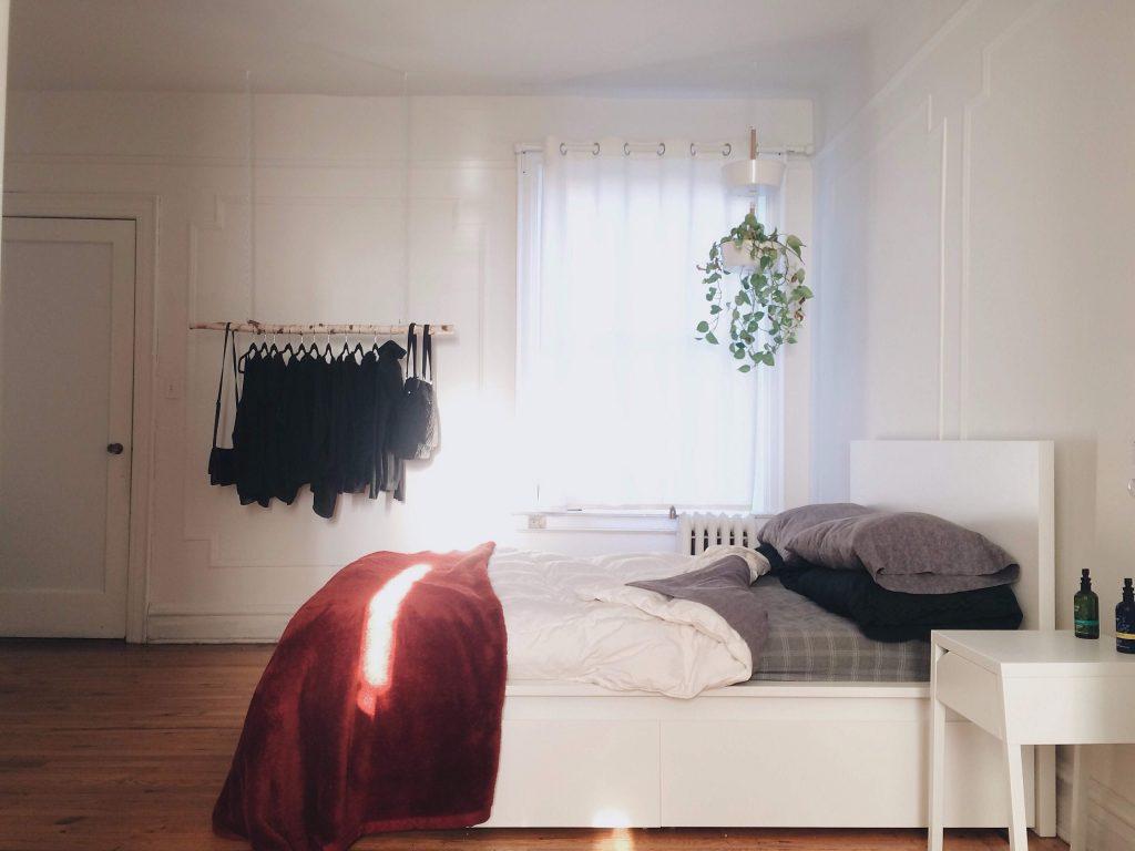 diy clothes rack-compressed