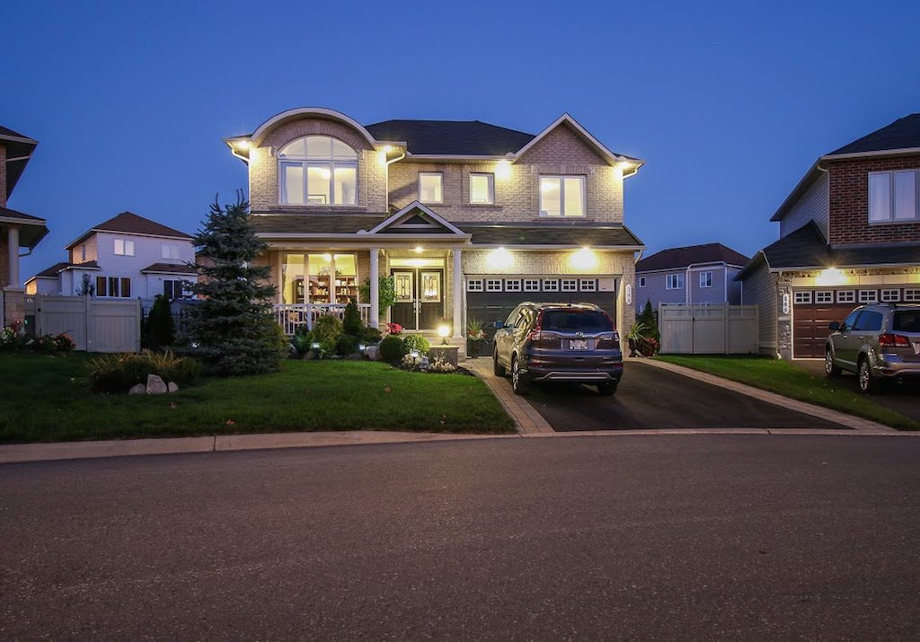 ontario-new-low-rise-home