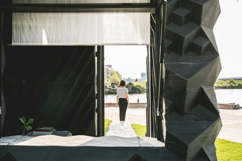amsterdam cabin window