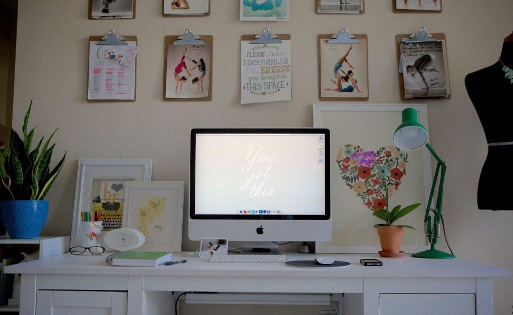desk-compressed