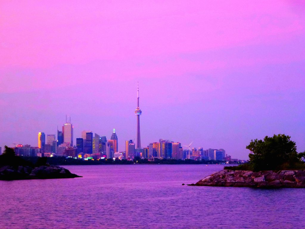 toronto-skyline-home-sales