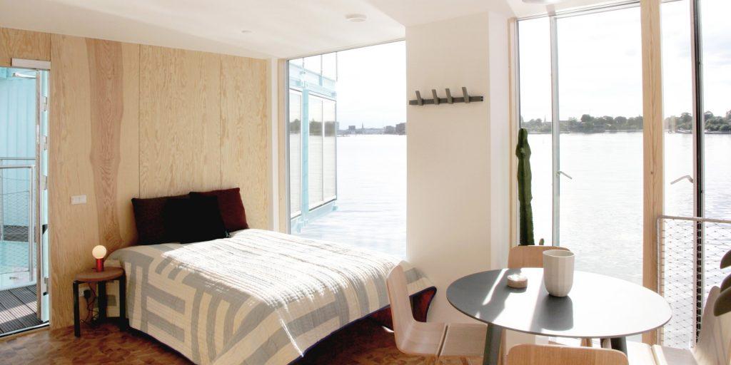 urban rigger bedroom