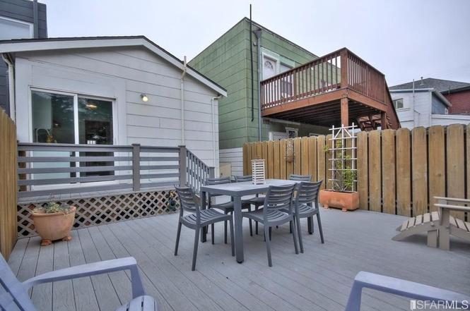 SF tiny house back deck