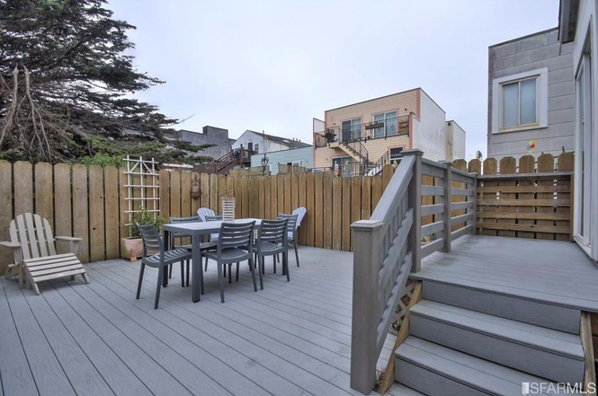 SF tiny house backyard