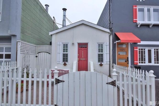 SF tiny house exterior