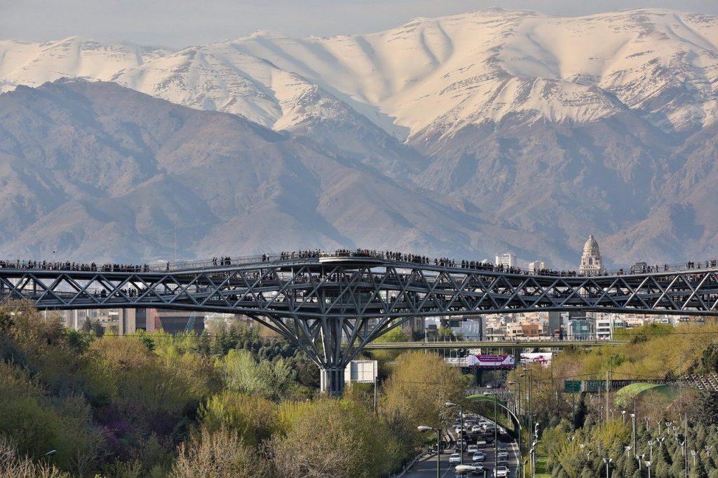 aga khan bridge 1