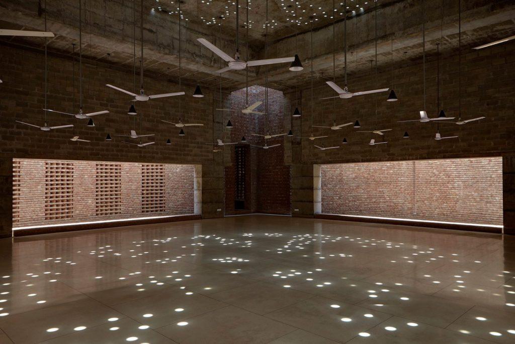 aga khan mosque 2