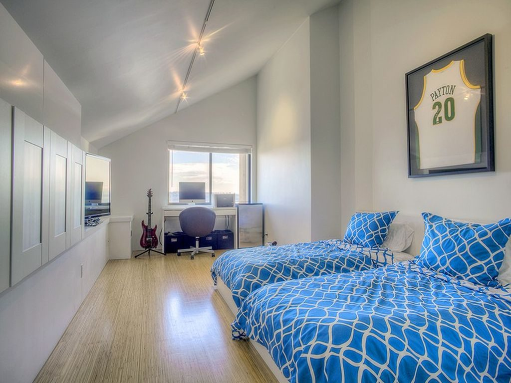mark reddington bedroom