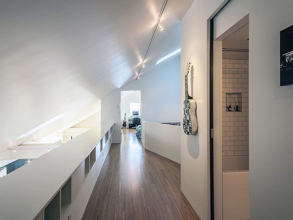 mark reddington hallway