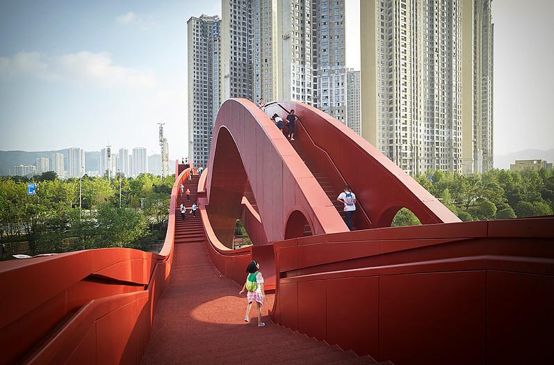wavy bridge 1
